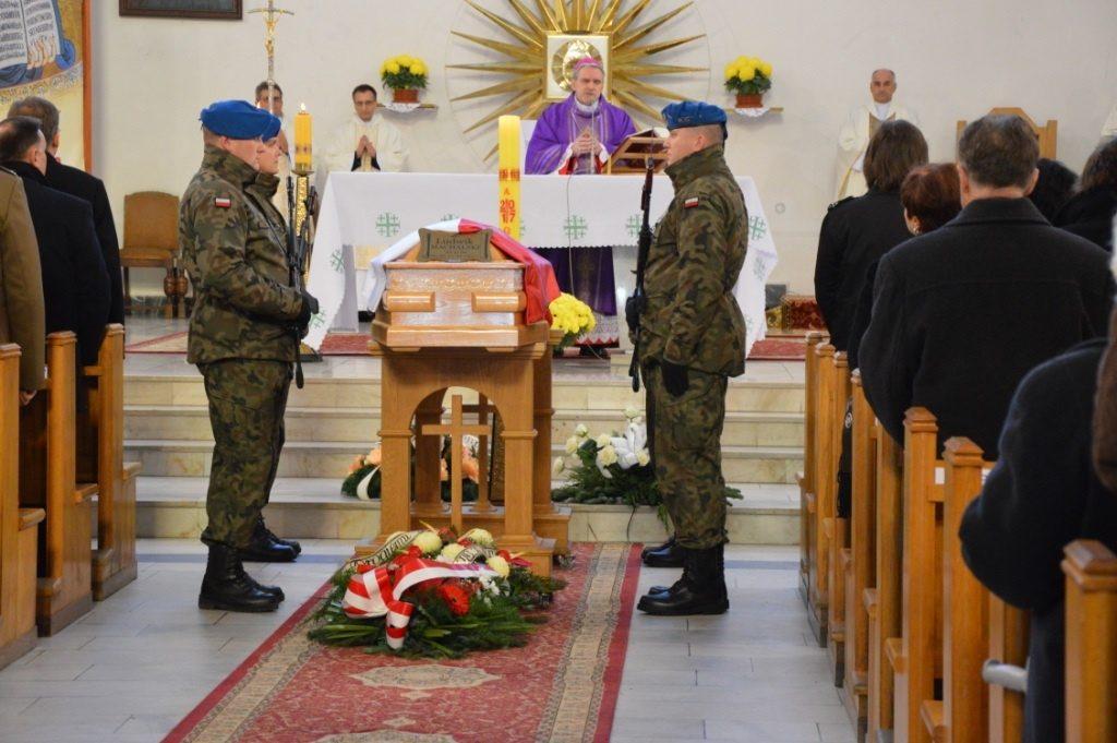 Pogrzeb z wojskowymi